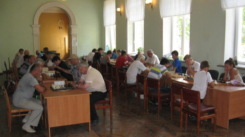 Альбом: Шаховий турнір до Дня селища